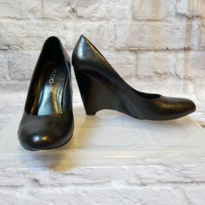 ALDO Black Wedge Heels 5